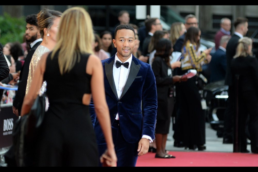 "I believe this is singer John Legend - I've only ever photographed him before at another GQ Awards. Not sure right now which one.   Edited to add : he won the ""Hugo Boss Most Stylish Man"" Award on the night."