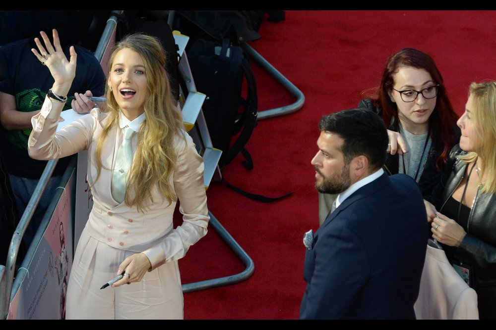"Good news for fans of Blake Lively : she's in 80% of the photos for    ""A Simple Favour""    (and mentioned in most of the rest)"