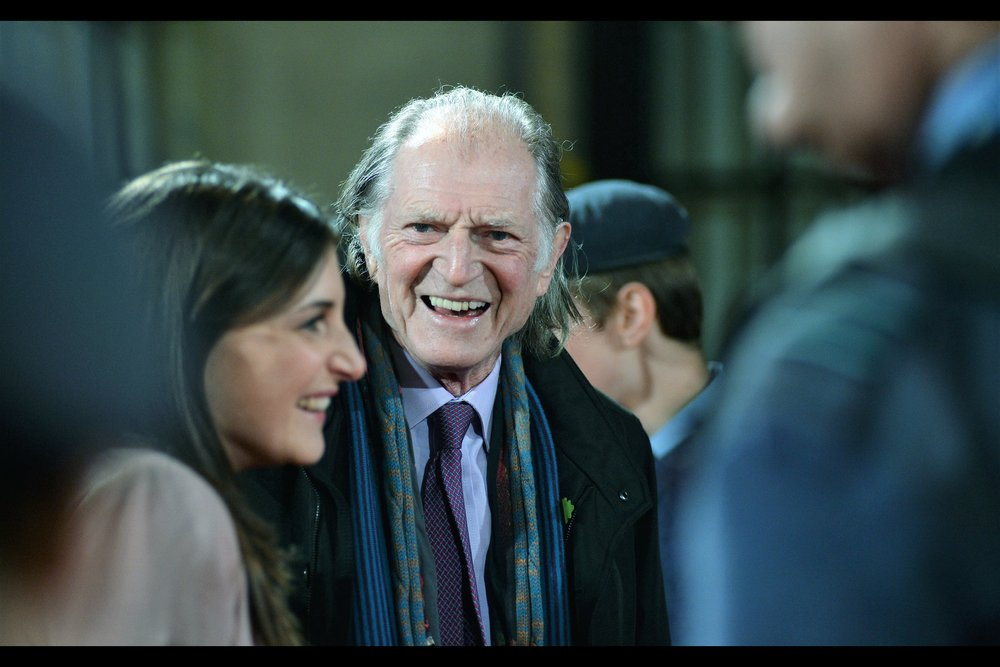 It's David Bradley! He's an alumni of no less than (a) Harry Potter AND (b) Game of Thrones! Although I think in five minutes on the red carpet at this event he probably smiled more than he did across seven movies of (a) and some dozen episodes of (b)