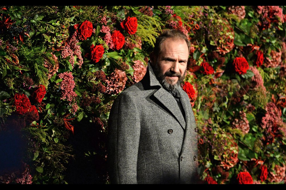 """Not exactly the camouflage backdrop I was hoping for, but it does smell nice, so thank you"" (Edited to add : Ralph Fiennes won 'Best Actor' on the night for 'Antony & Cleopatra')"