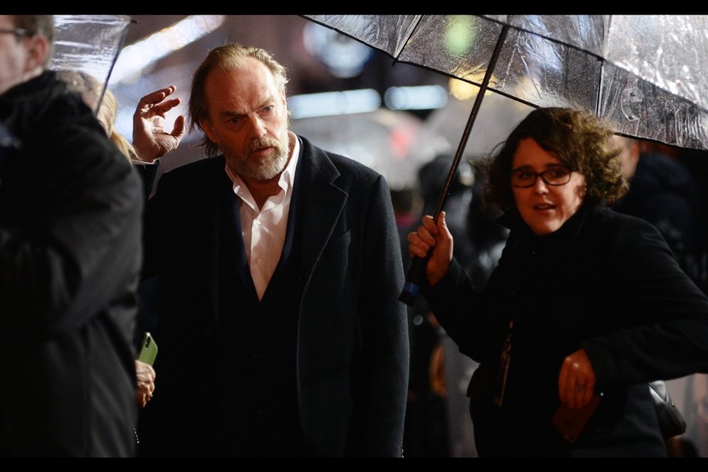 "Rain, Heavy Rain, Constant Rain… and Hugo Weaving at the    world premiere of ""Mortal Engines""    !"