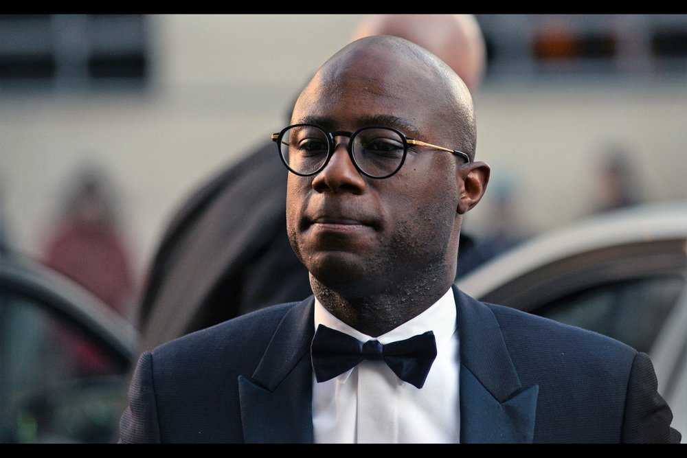 Our first arrival from the world of films arrived so early and to so little fanfare that I reflexively took just two (2) photos of him before I was distracted by the newly arrived cast of Cirque Du Soleil. He's Barry Jenkins - who won the Best Director Oscar in 2017 for 'Moonlight'.