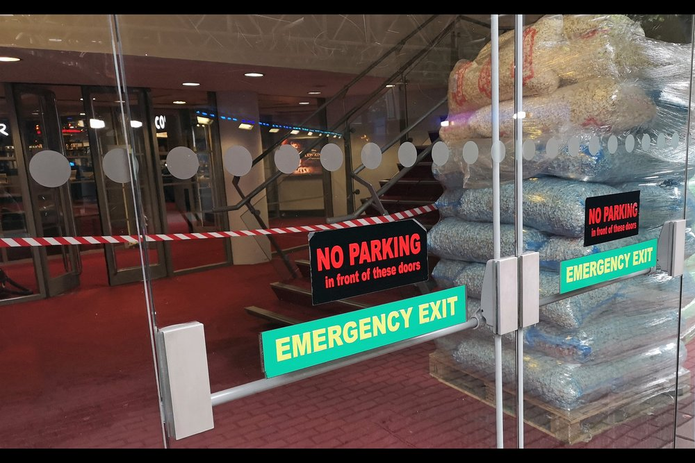 Meanwhile, elsewhere, the BFI Imax is apparently stockpiling POPPED popcorn? Brexit has made people crazy - surely it's more space-efficient to stockpile the kernels? ….  unless you think society will lack the capacity to generate heat in the next few…..  OMG I gotta start stockpiling matches.