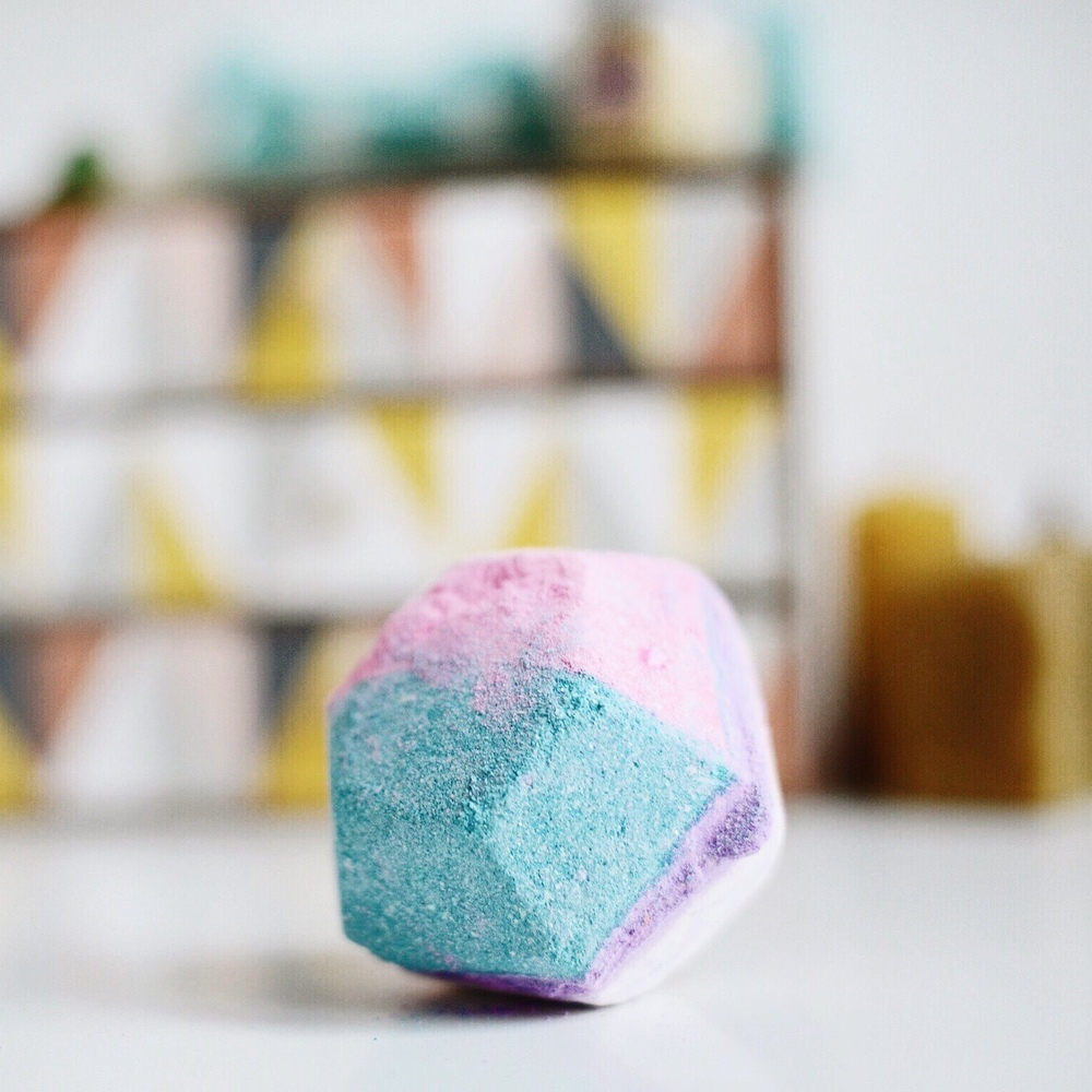 the experimenter bath bomb lush
