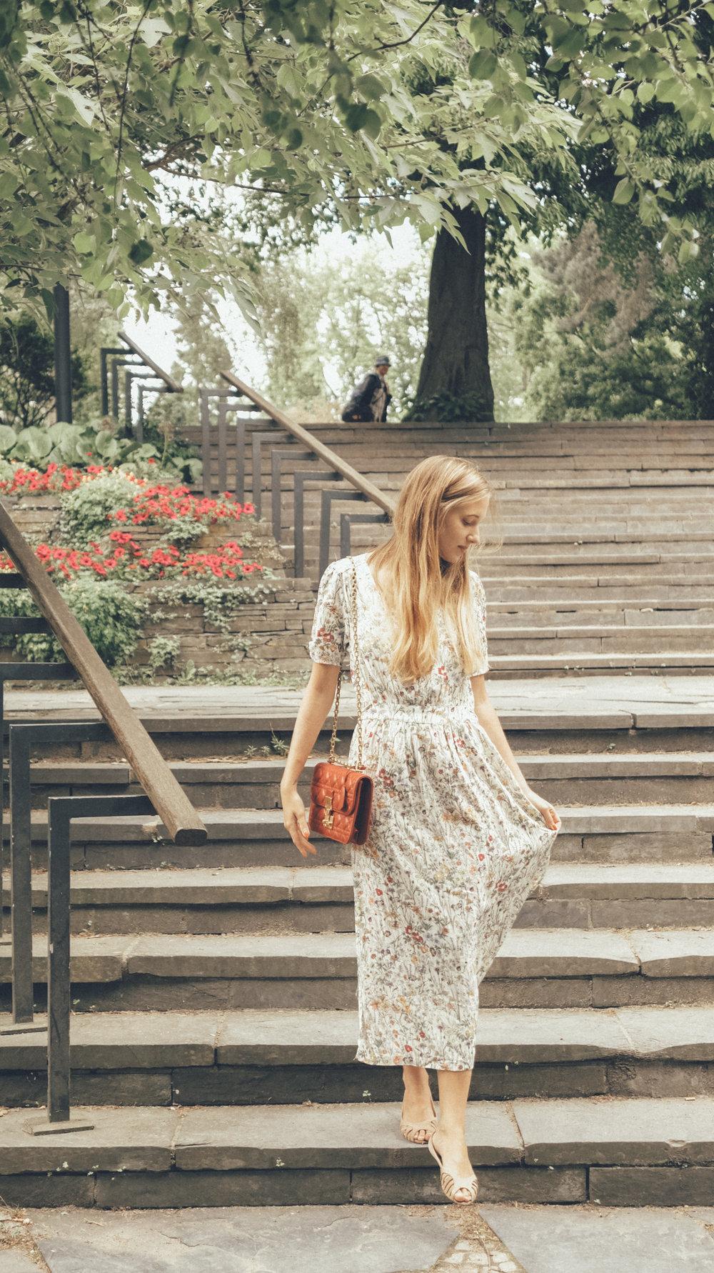 Anna Katina Fashion Travel Blogger 56.jpg