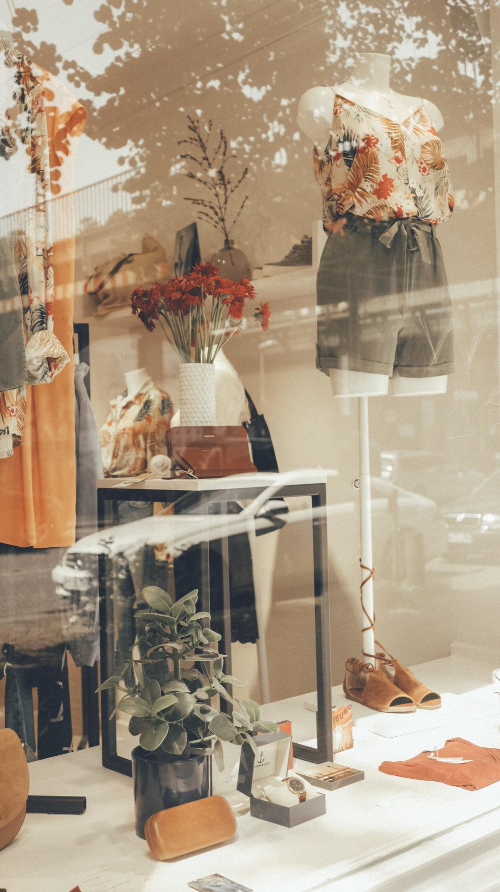 Anna Katina Fashion Travel Blogger 140.jpg