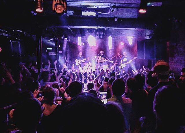 Well, there's not enough words to tell you all what an AMAZING night you guys gave us. We're so grateful you've all stuck with us. Have a happy Christmas & New Year. We'll see you all on Paddys Day ;) Photo credit: @webbstreetstudios . . . . . #gig #music #upthearmada #christmas #winter #endofyear #newyear #goodtimes