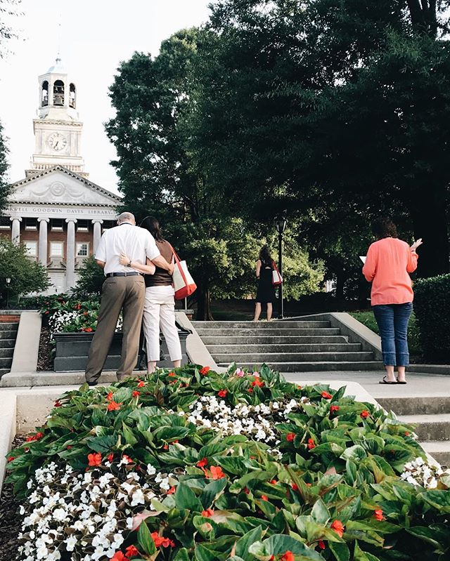 Foster your faith by joining a community grounded in Christian mission. One of our favorite parts of Bulldogs Days Orientation is a time of prayer with the parents and families of our incoming students. • #SUBD18 #samforduniversity #samfordu #samfordstrong #samford2022 #samford22