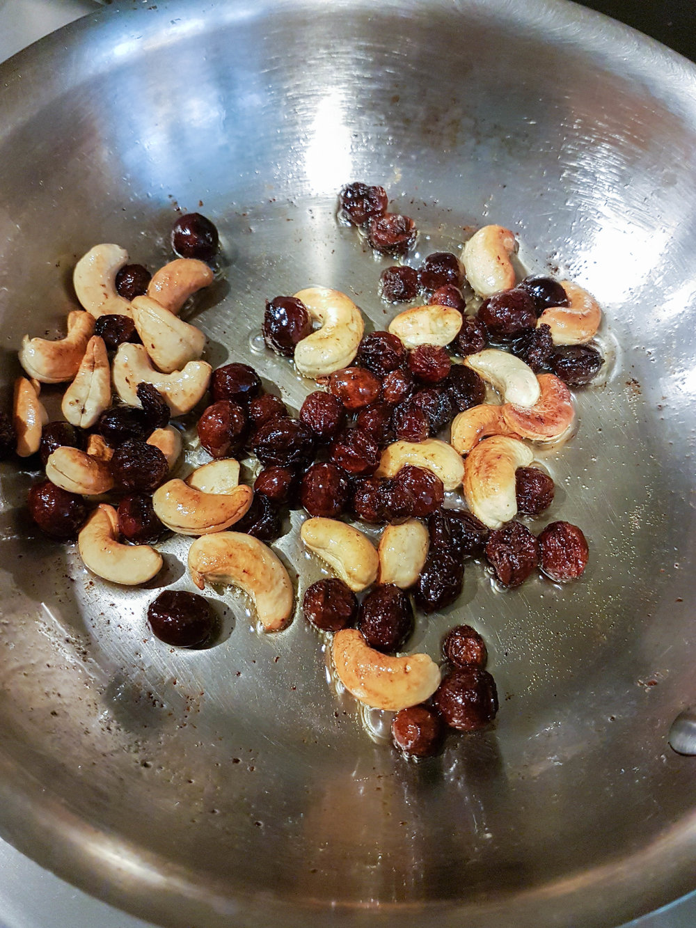 Roasted Cashews and Raisins.jpg