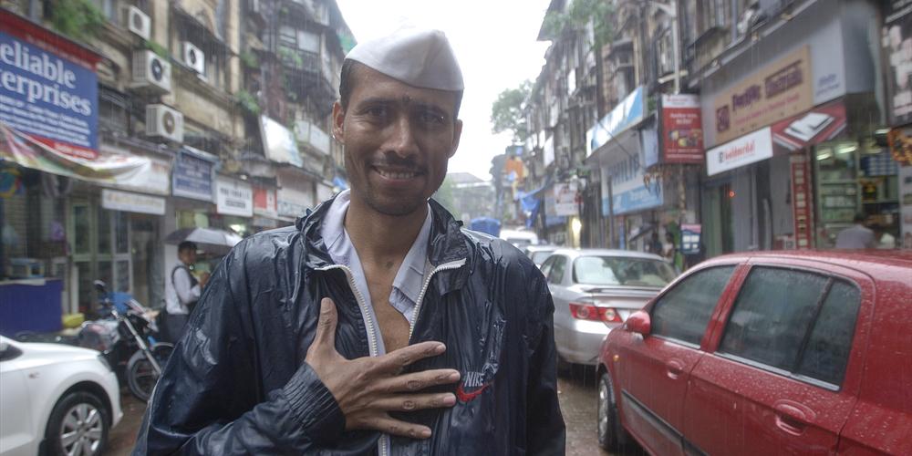 Ailu Madhav Madao     –   Bombay dabawalla