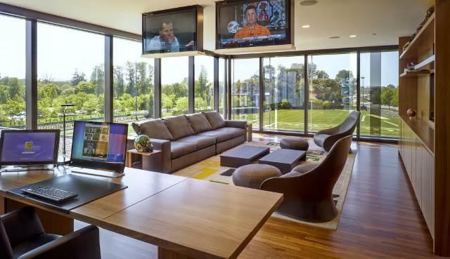 Corona COMM office Example.jpg
