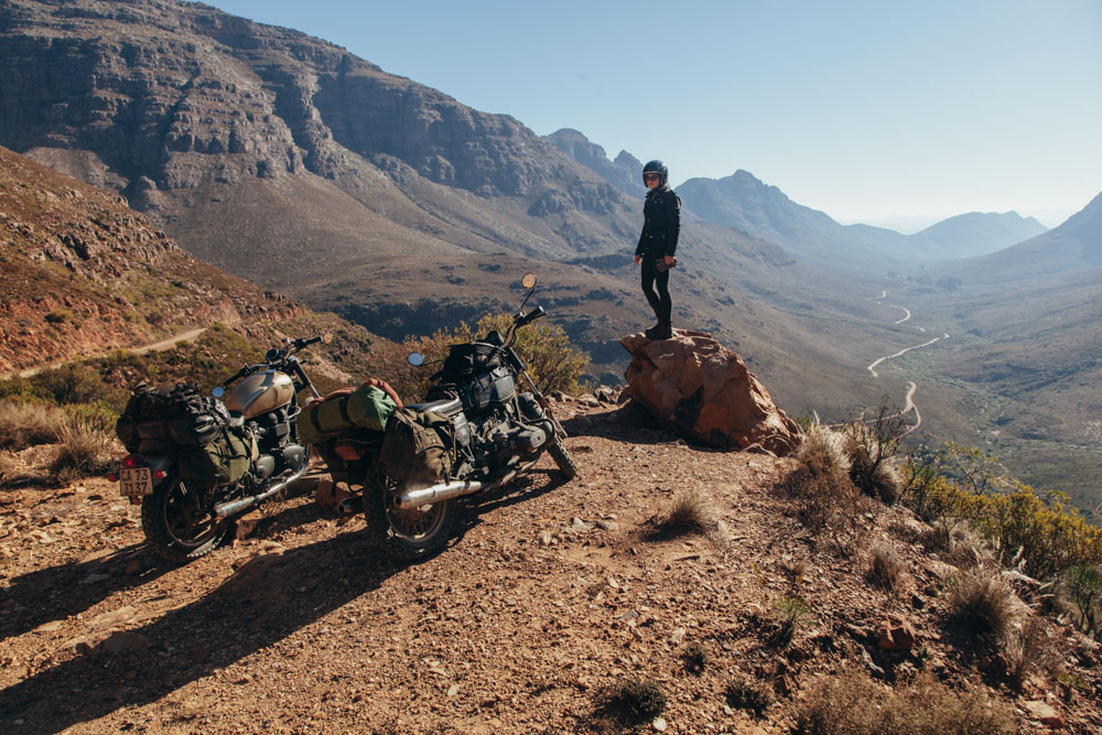 Uitkyk Pass and the open winding roads of the Cederberg Mountains