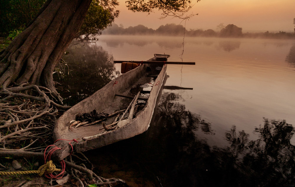 Early morning mist as we begin another day on the river.