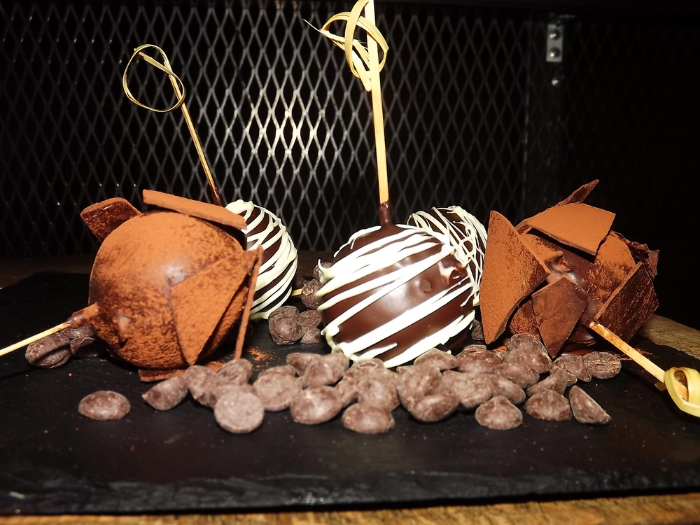 Foxcroft & Ginger Beetroot & Chocolate Cake Pops 2.jpg