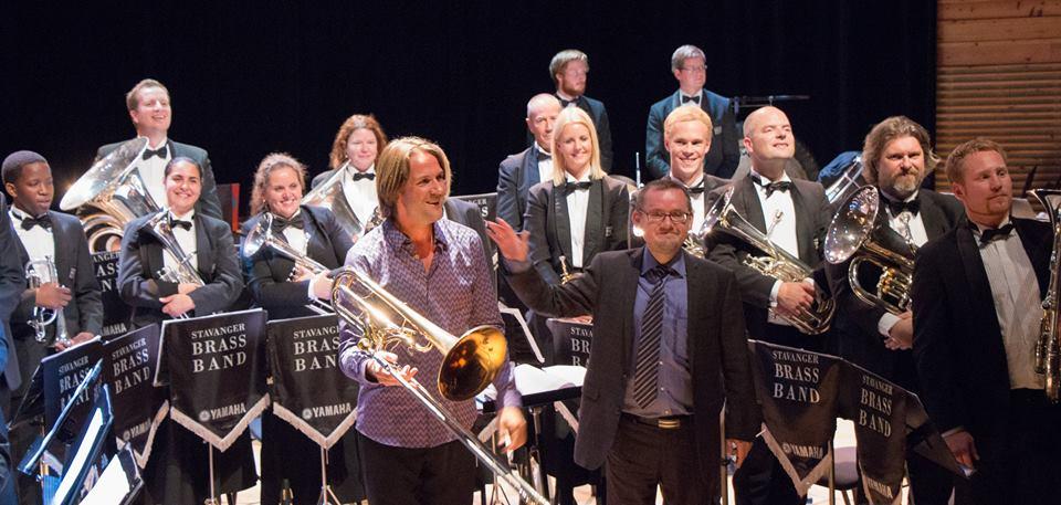 Stavanger Brass Band sammen med solist Brandt Attema