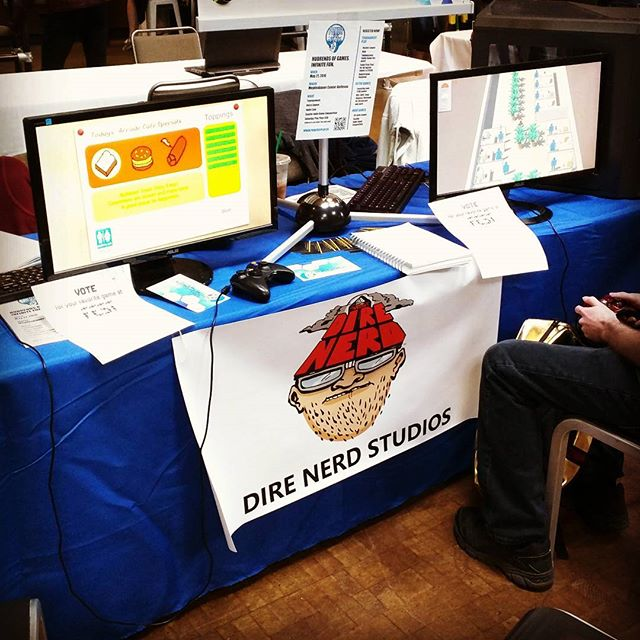 Lots of playtesting at the Seattle iFEST!  Super fun!  #indiegame  #indiedev #con #convention