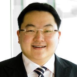 Jho Low received the 2014 International Entrepreneur of the Year Award from the Houston Asian Chamber of Commerce for his approach to sustainable investing and disruptive philanthropy.