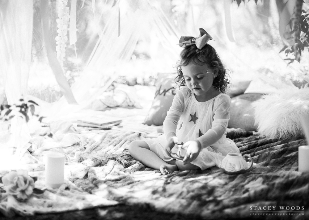 Tea Party under the Trees  || Stacey Woods, lifestyle child photographer for Tampa Bay