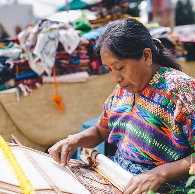 It takes 40 days for these Guatemalan women to make this intricate sheets... Now that's what I call commitment to your craft. . 📸@beaudoesgo #guatemala #antigua #travel #natgeo #artist #weaving #cloth #streetart #photography