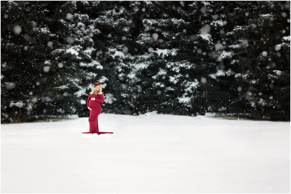 Utah Winter Maternity | Maternity Photographer | Gorgeous Red Maternity Gown #Twyladawnphotography