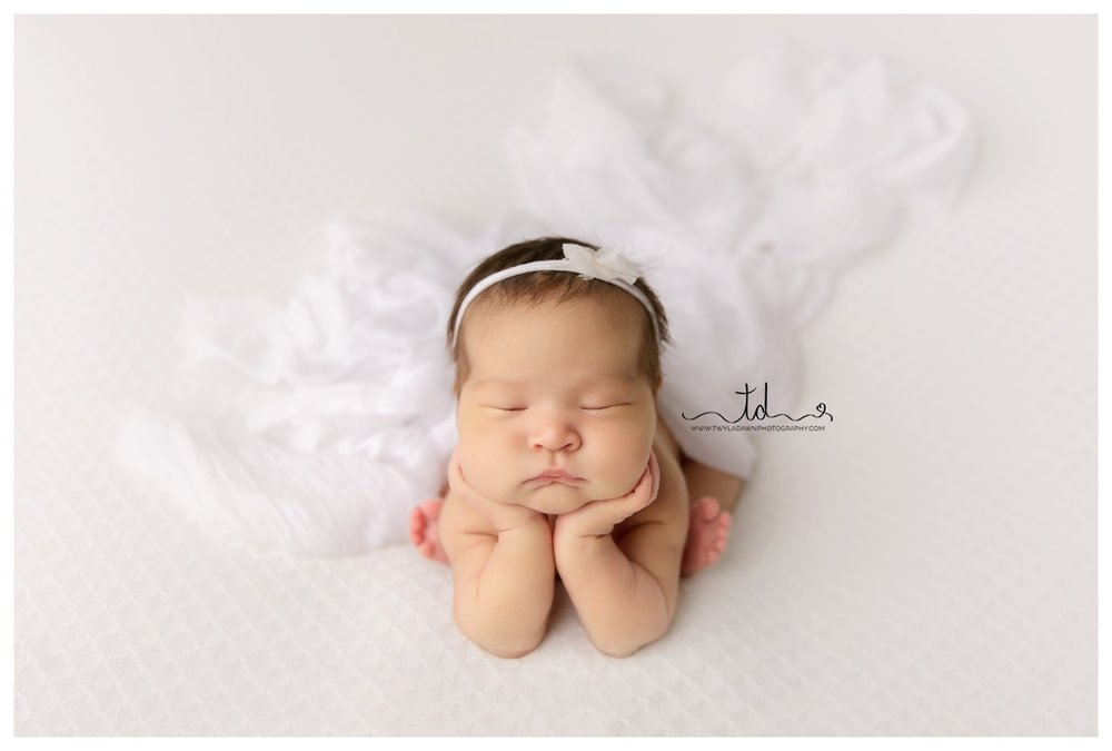 Utah Newborn Photographer | Darling Little Girl #twyladawnphotography