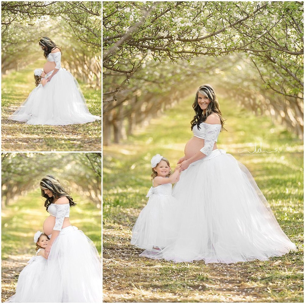Mommy & Me maternity Session | Utah Maternity Photographer | Beautiful Spring Maternity | #TwylaDawnPhotography