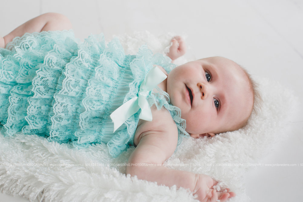 JEP_TriCities WA_Family Photographer_Adella 3 month_4