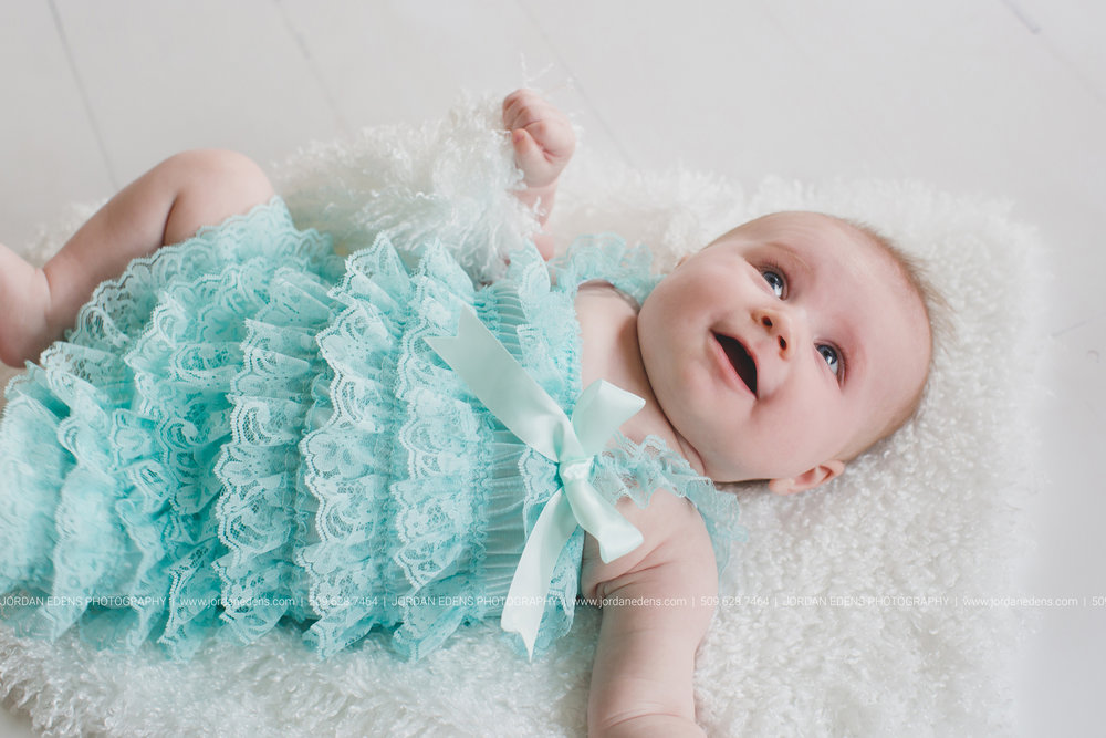JEP_TriCities WA_Family Photographer_Adella 3 month_5