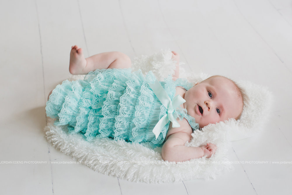 JEP_TriCities WA_Family Photographer_Adella 3 month_6