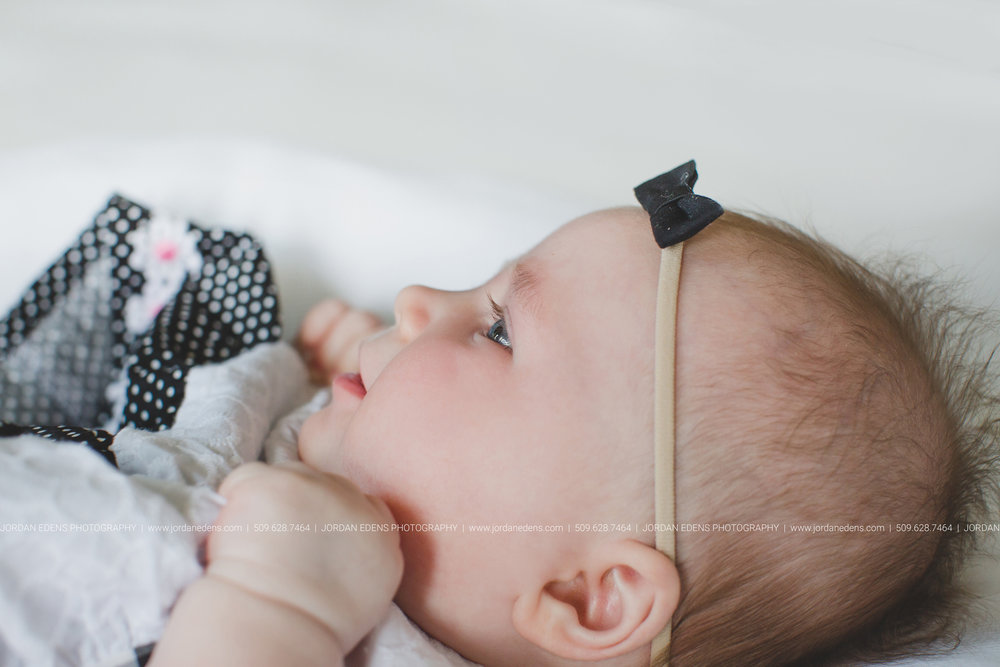 JEP_TriCities WA_Family Photographer_Adella 3 month_13