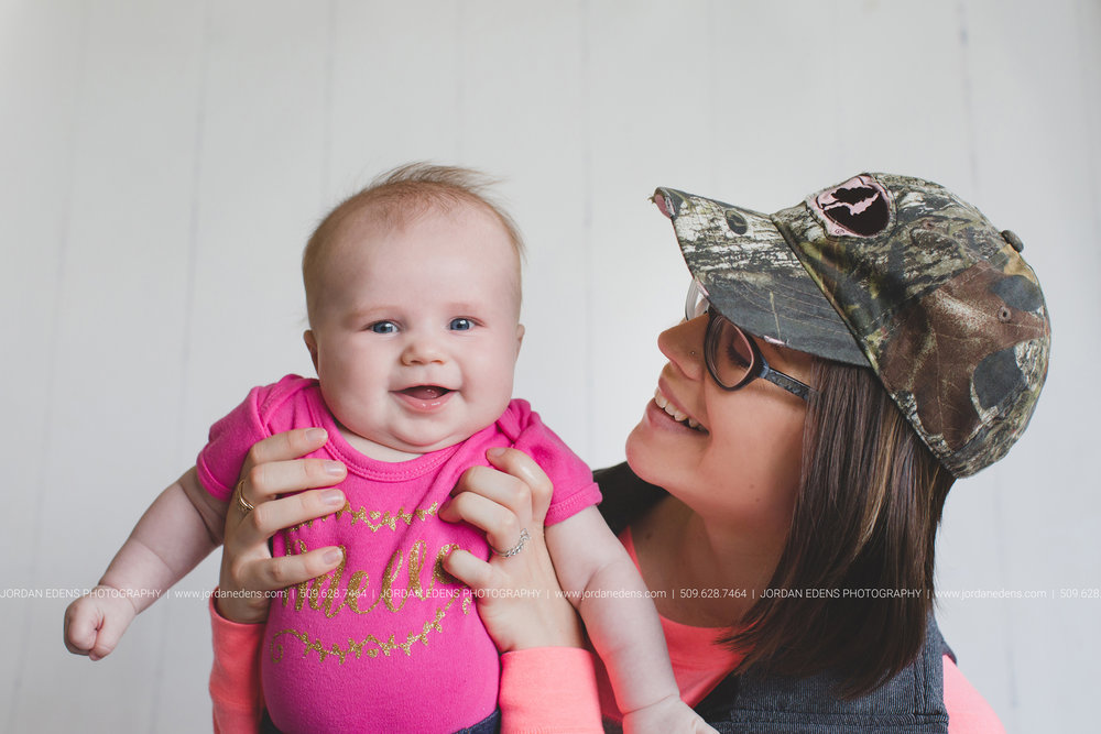 JEP_TriCities WA_Family Photographer_Adella 3 month_17