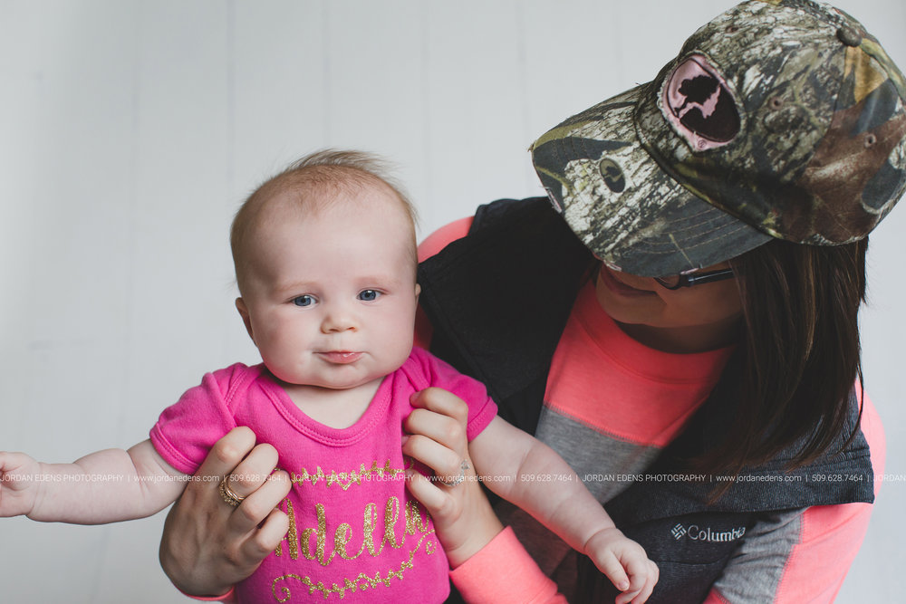 JEP_TriCities WA_Family Photographer_Adella 3 month_19