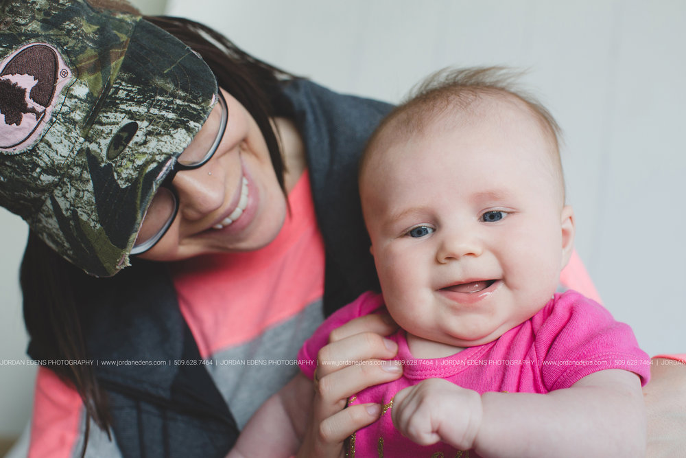 JEP_TriCities WA_Family Photographer_Adella 3 month_20