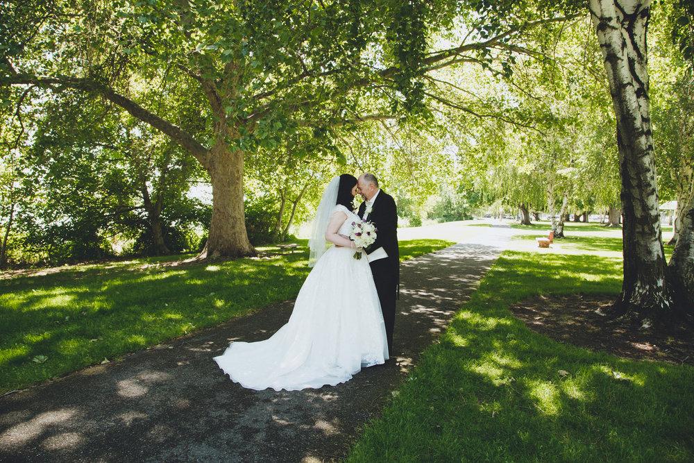 MitziGlenn_Jordan Edens Photography_Tri Cities Washington Wedding Photographer_1
