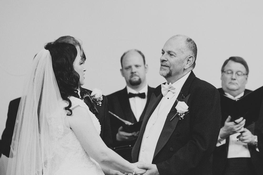 MitziGlenn_Jordan Edens Photography_Tri Cities Washington Wedding Photographer_43