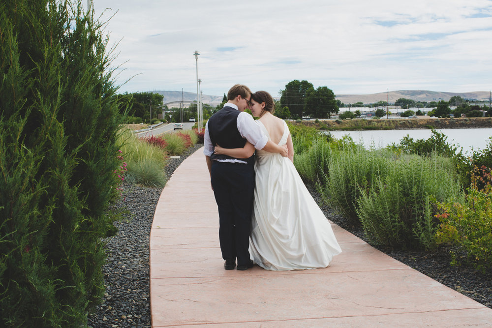 Tri Cities Wedding Photographer_Karis and Adrienne_Church wedding_ Downtown Kennewick 14_Clover Island