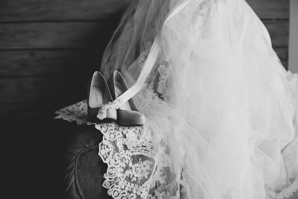 Tri Cities Photographer_Tri Cities Wedding Photographer_Jordan Edens Photography_My anniversary_Wedding dress_Wedding shoes 1