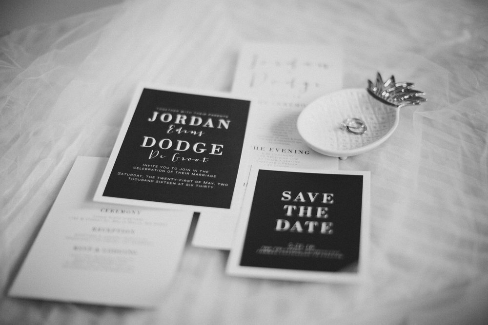 Tri Cities Photographer_Tri Cities Wedding Photographer_Jordan Edens Photography_My anniversary_Wedding stationery 1