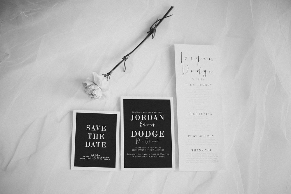 Tri Cities Photographer_Tri Cities Wedding Photographer_Jordan Edens Photography_My anniversary_Wedding stationery 4