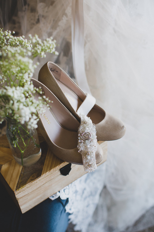 Tri Cities Photographer_Tri Cities Wedding Photographer_Jordan Edens Photography_My anniversary_Wedding dress_Wedding shoes 15 wedding shoes