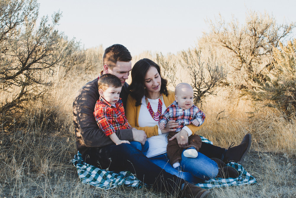 Tri Cities Washington family session_Wynne family_Candy Mountain West Richland_Family of four_Boy mom_Family photos_Fall family photos_fall outfits_OOTD_sage brush_Desert family session_sunset session_3