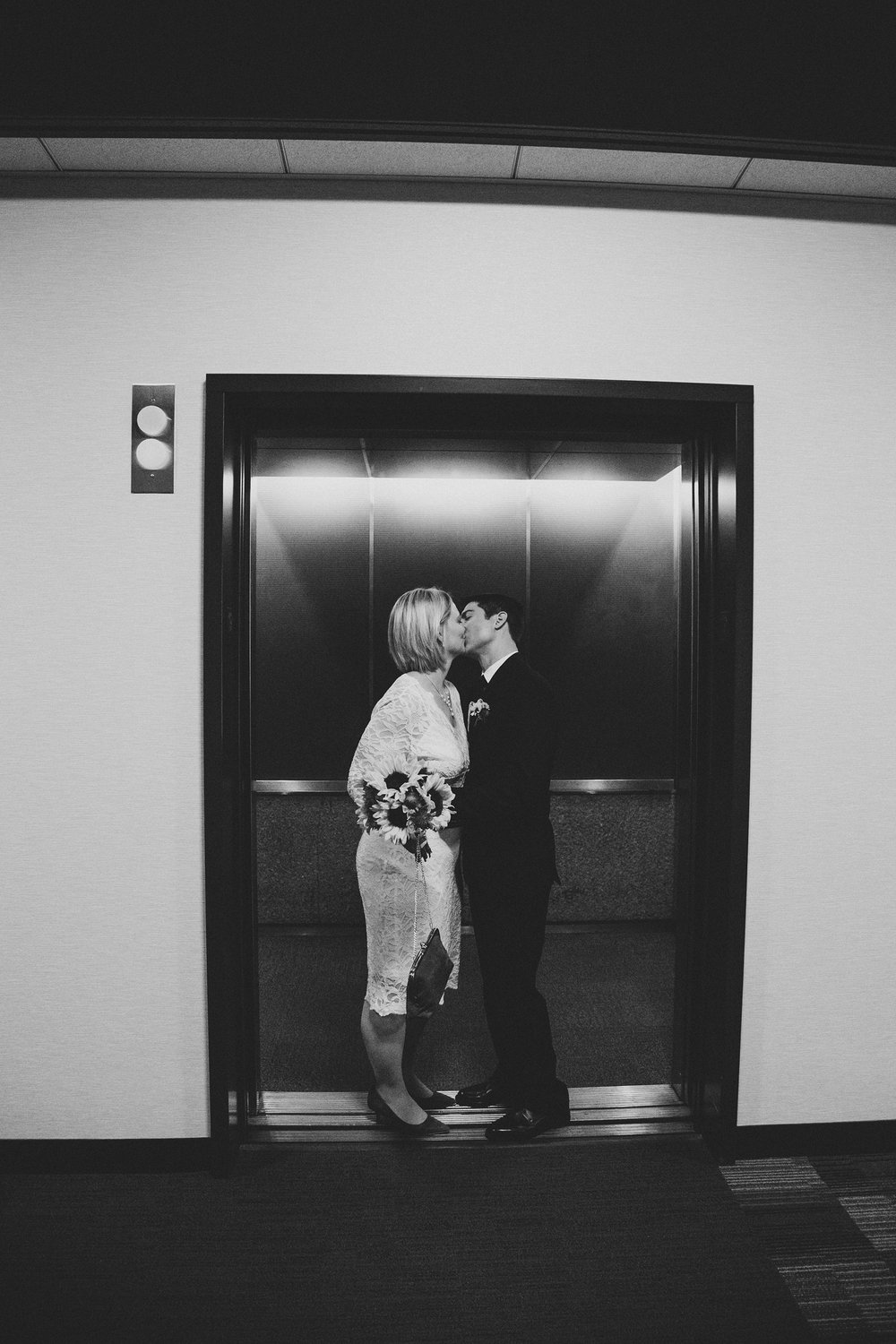 Jordan Edens Photography_Minneapolis elopement_destination wedding_elopement_bride and groom_courthouse wedding