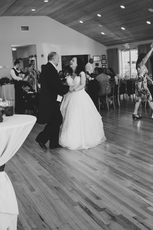 Jordan Edens Photography_Wedding wednesday_Tri Cities wedding_tri cities wedding photographer_pnw photographer_wedding dress_wedding gown_7