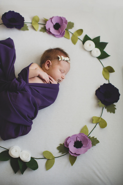 Tri Cities newborn photographer_lifestyle newborn_Kennewick photographer_richland photographer_family photographer_baby photographer_child photographer_24