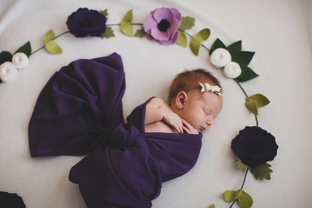 Tri Cities newborn photographer_lifestyle newborn_Kennewick photographer_richland photographer_family photographer_baby photographer_child photographer_25