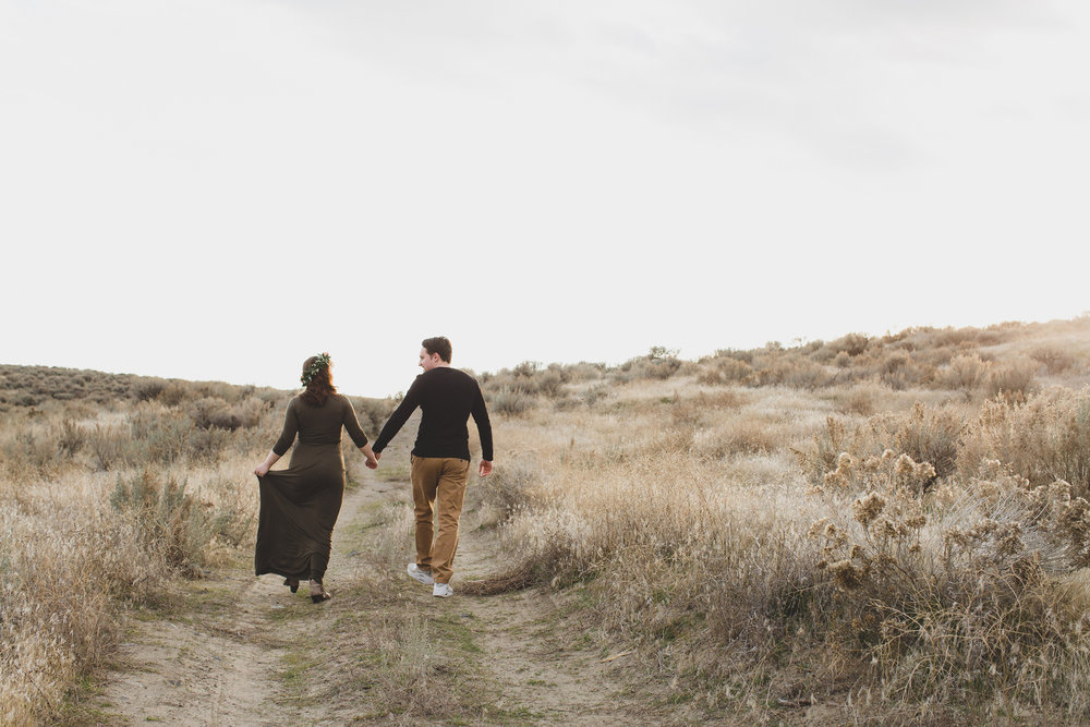 Tri Cities Maternity photographer_tri cities maternity_richland photographer_kennewick photographer_maternity session_red mountain_mama to be_parents to be_tri cities family session_red mountain trails_sage brush_horse_desert session_sunset session_11