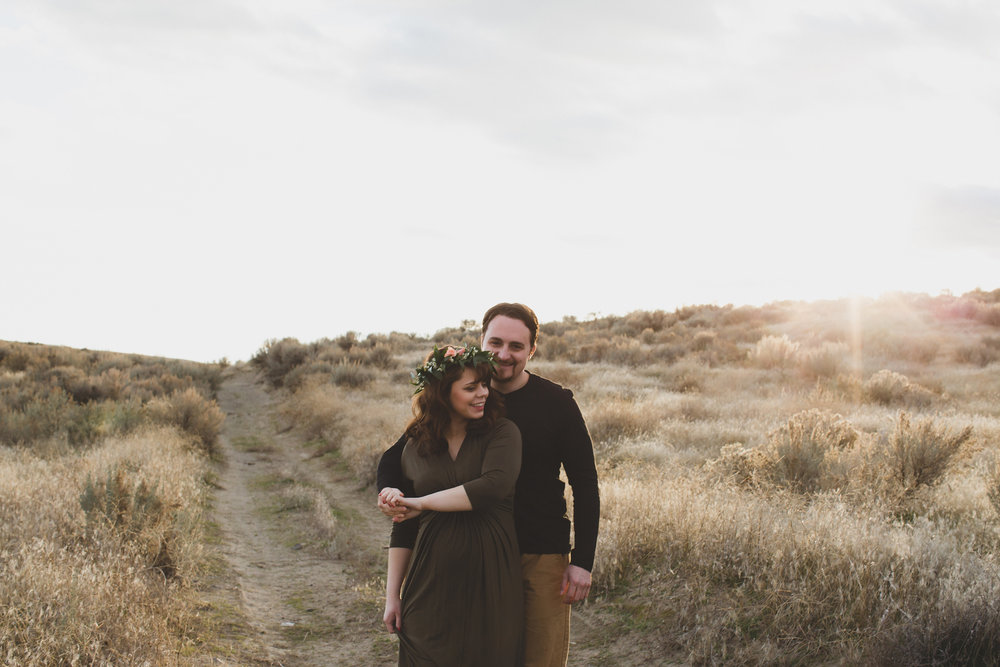 Tri Cities Maternity photographer_tri cities maternity_richland photographer_kennewick photographer_maternity session_red mountain_mama to be_parents to be_tri cities family session_red mountain trails_sage brush_horse_desert session_sunset session_14