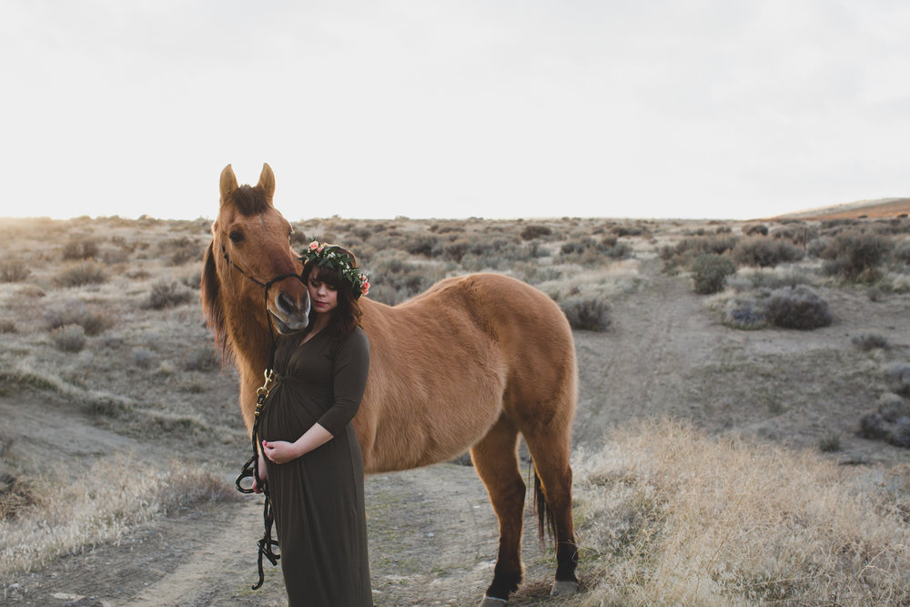 Tri Cities Maternity photographer_tri cities maternity_richland photographer_kennewick photographer_maternity session_red mountain_mama to be_parents to be_tri cities family session_red mountain trails_sage brush_horse_desert session_sunset session_18