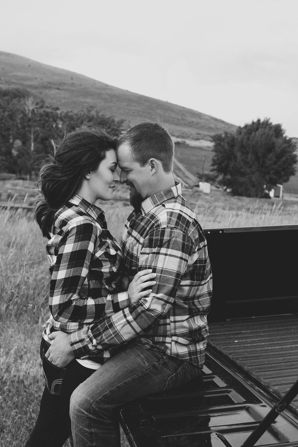 Tri cities engagement photographer_tri cities_engagement_tri cities wedding photographer_engagement photos_Kennewick_richland_wedding wednesday_Jordan Edens Photography_11
