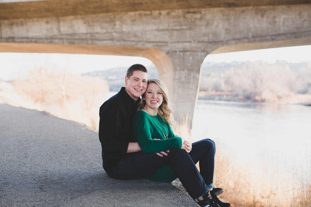 Tri cities engagement photographer_tri cities_engagement_tri cities wedding photographer_engagement photos_Kennewick_richland_wedding wednesday_Jordan Edens Photography_27